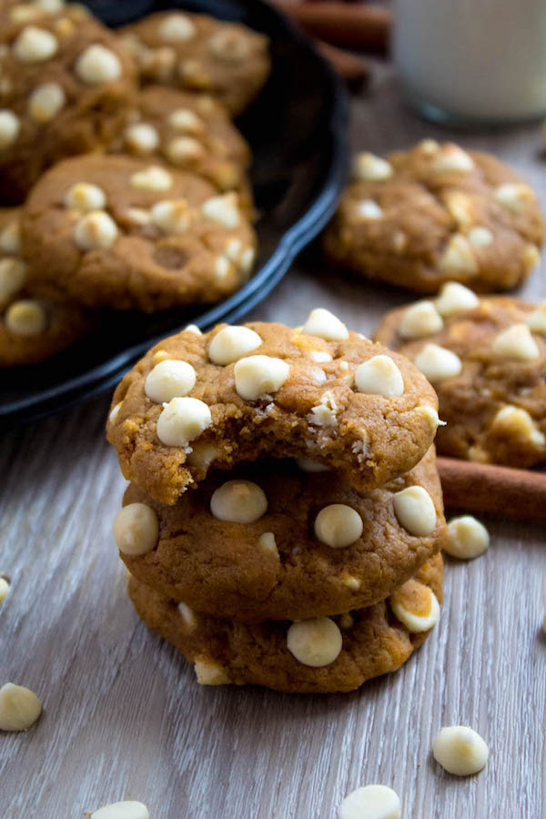 These White Chocolate Chip Pumpkin Cookies are the perfect cookies for fall. They're soft, chewy and packed with delicious pumpkin and spice flavour! And the best part about these cookies? You don't need a mixer!