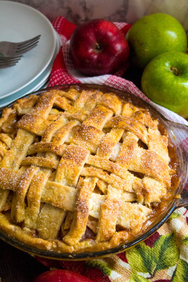 Homemade Apple Pie– Fresh apples, tossed with sugar and spices, and baked into a buttery flaky crust!