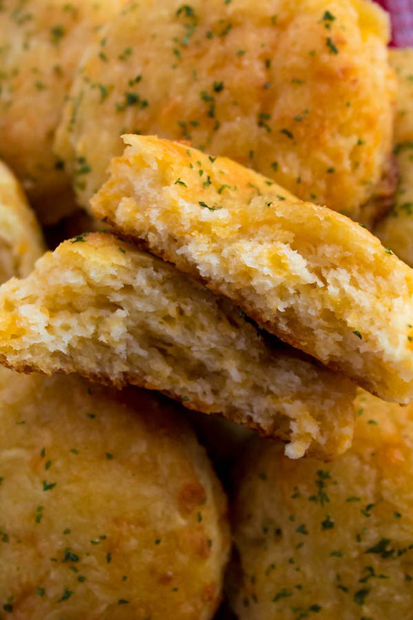 These Homemade Cheddar Biscuits are extremely tender, fluffy, buttery and savory. This is the perfect side dish to add to your Holiday dinner menu.