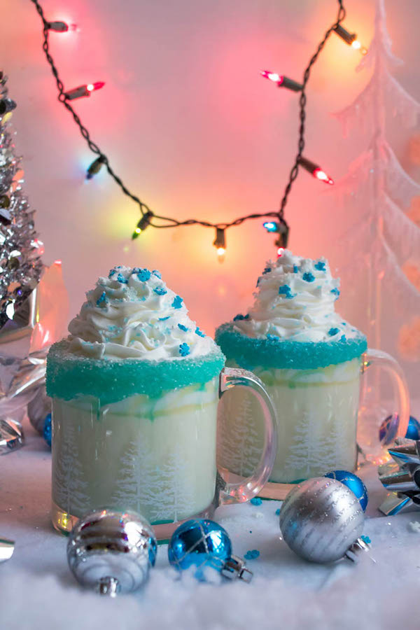 This Winter Wonderland White Hot Chocolate is a fun and festive drink perfect for winter! It's almost too cute to drink!