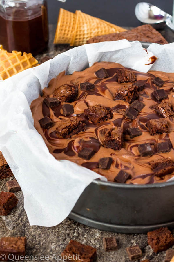 This No-Churn Brownie Fudge Swirl Ice Cream is for hardcore chocolate lovers only. This rich and creamy chocolate ice cream is loaded with chocolate chunks, chunks of brownies and swirled with silky ganache!