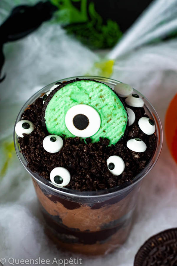 Monster Eye Dirt Cups