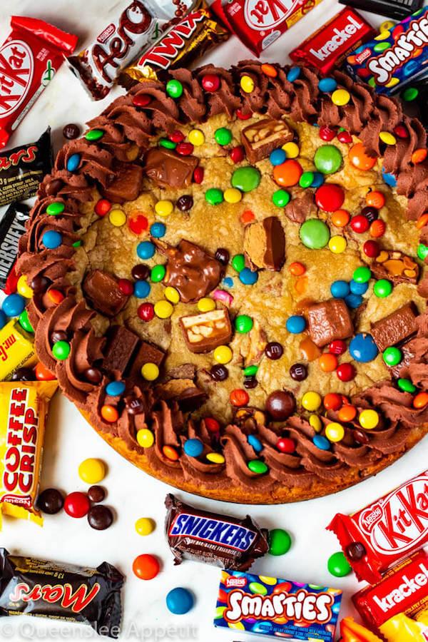 Leftover Halloween Candy Cookie Cake ~ Recipe | Queenslee ...