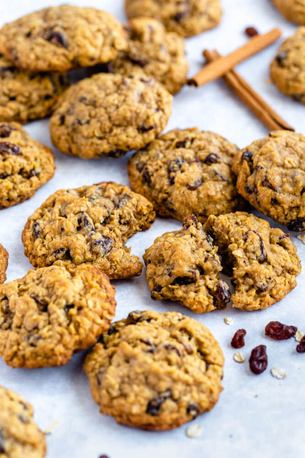 soft and chewy oatmeal raisin cookies