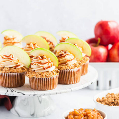 Caramel Apple Crumble Cupcakes