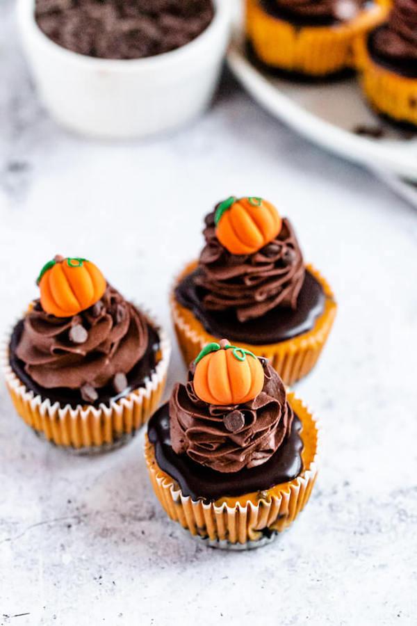 3 mini pumpkin cheesecakes
