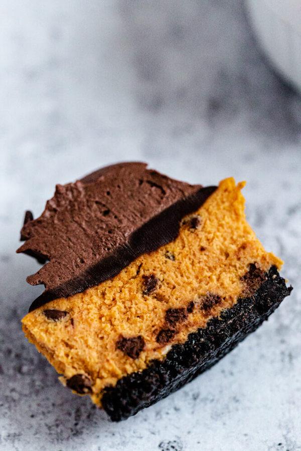 mini pumpkin cheesecake cut in half