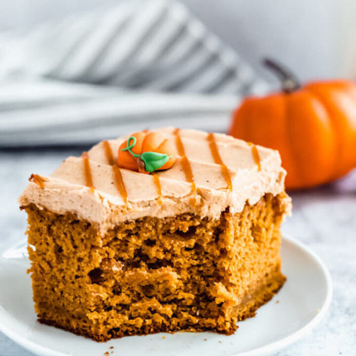 Pumpkin Cake with Caramel Pumpkin Spice Cream Cheese Frosting