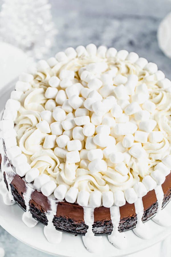 marshmallow and whipped cream topping of chocolate cheesecake