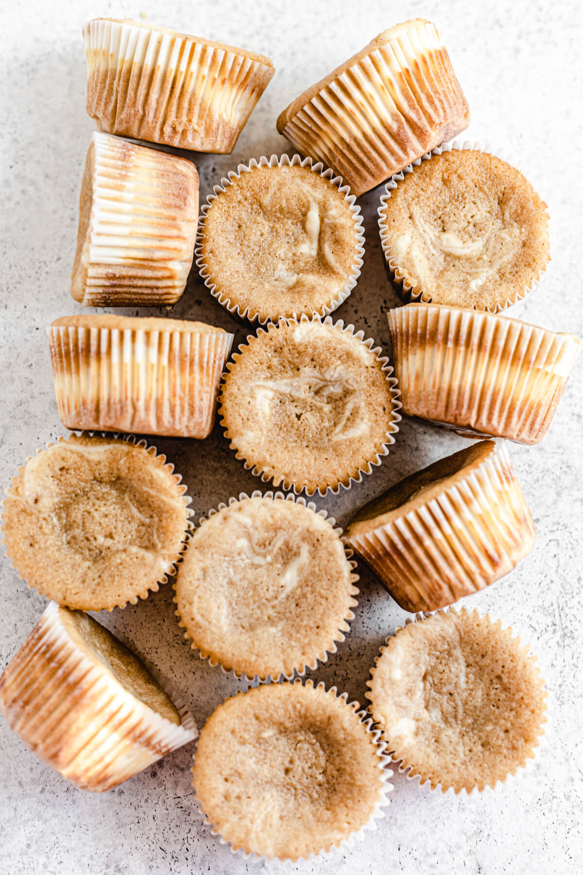 baked plain cheesecake swirl cupcakes